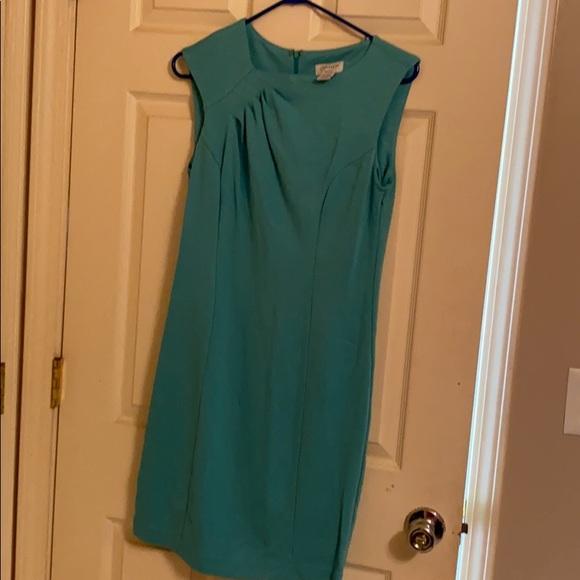 Carmen Marc Valvo Dresses & Skirts - Carmen Marc Valvo dress